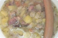 Nr. 89 - Kartoffelsuppe frisch gekocht: Fleischbrühe aufgesetzt von Kasslerrippchen, Suppengemüse, Kartoffeln, mit oder ohne Wiener, püriert oder nicht - ganz nach Wunsch  und Absprache ;-)