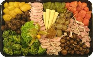 Frische Gemüse, gegrillt und mariniert, in Pancetta gegrilltes Schweinefilet, Lammrücken und Polpetti (Hackfleischbällchen) - ca. 1,5 kg - 95€